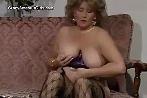 καυτά Ebony γιαγιά πορνό